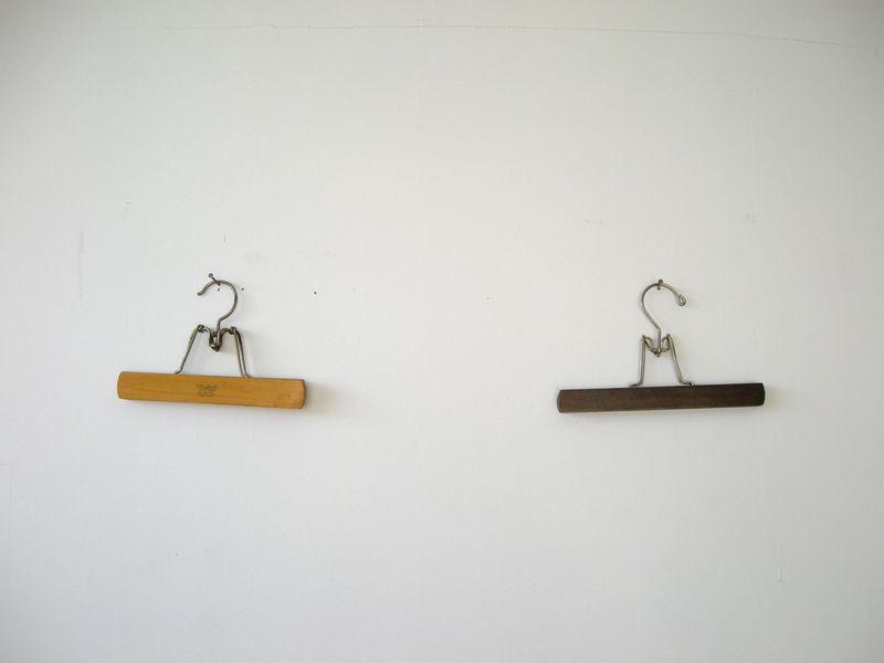 Hh-twin-hangers