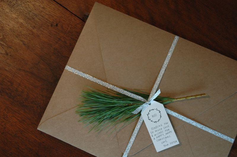 Holly wreath & noël